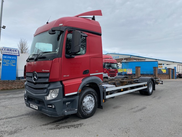 2014 mercedes benz actros 1842 4x2 chassis cab with drag trailer hitch