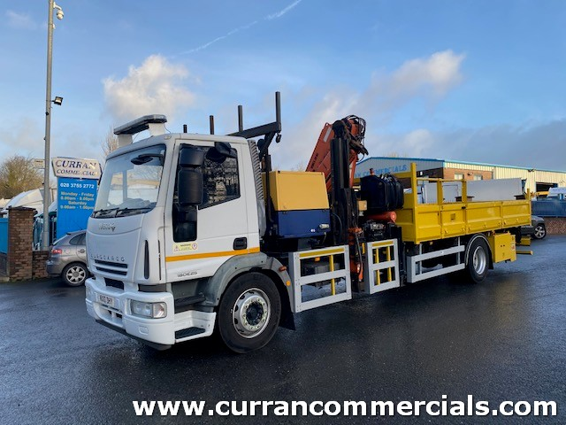 2010 iveco 180e25 18 ton barrier repair truck with compressor and 19TM remote crane
