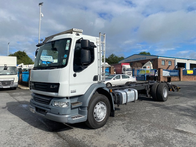 2012 daf lf 55 220 4x2 18 ton on air 26ft chasasis cab