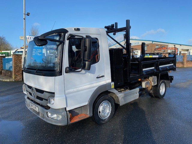2012 mercedes atego 816 7.5 ton 12ft dropside tipper with compressor